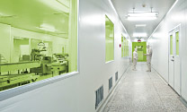 Complete clean room planning for research and production facilities in any required protection and cleanliness classes.
